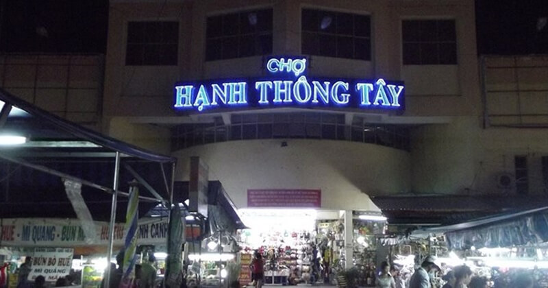Chợ Hạnh Thông Tây ban đêm