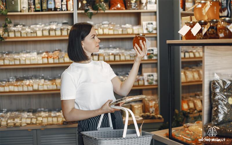 Quản lý và chăm sóc khách hàng