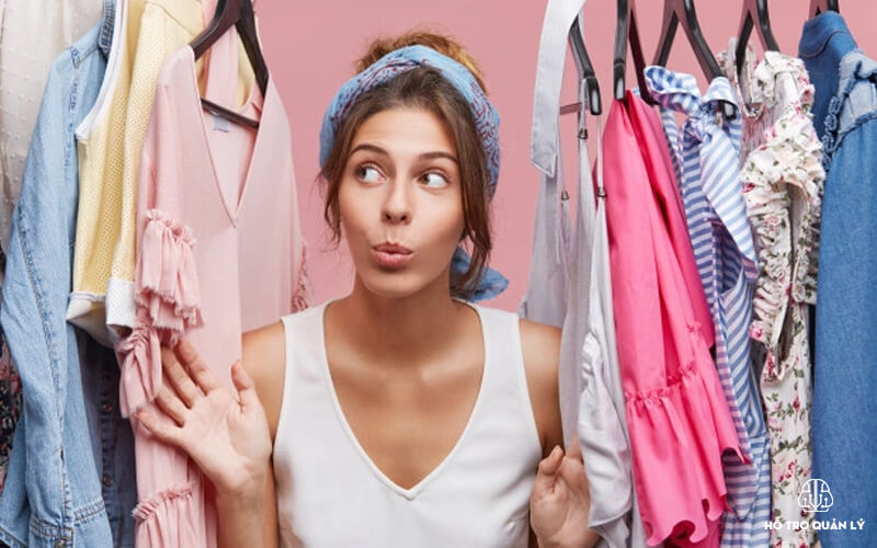 Quản lý kho hàng trong cửa hàng quần áo