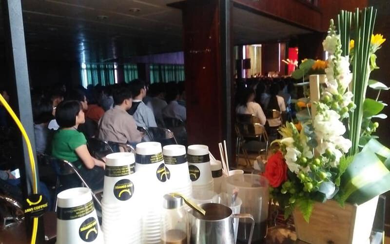 Tặng cafe miễn phí tại hội thảo